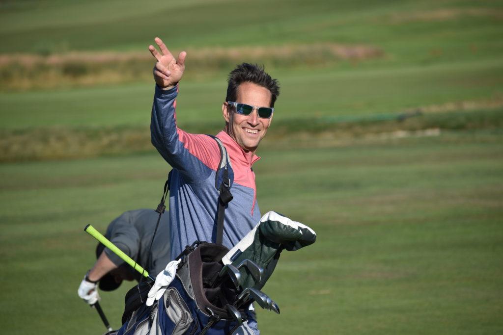 Horizons Open 2020 Golfer Waving